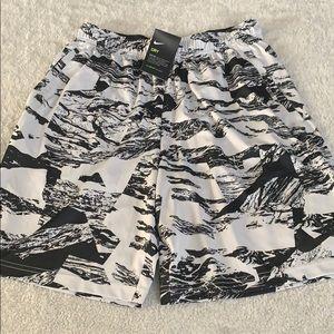 🔥Nike Dri-Fit Shorts Sz L🔥